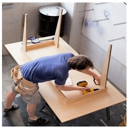 Сборка столов по низким ценам в Балашихе от специалистов
